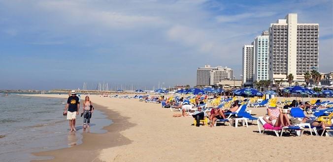 Alma (Charles Clore) Beach